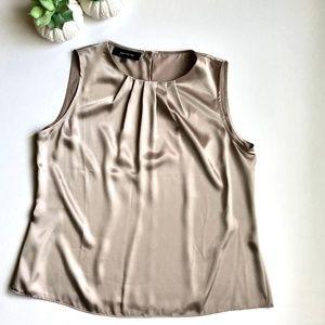 NWOT Jones New York Women's Blouse Gold Size 12P